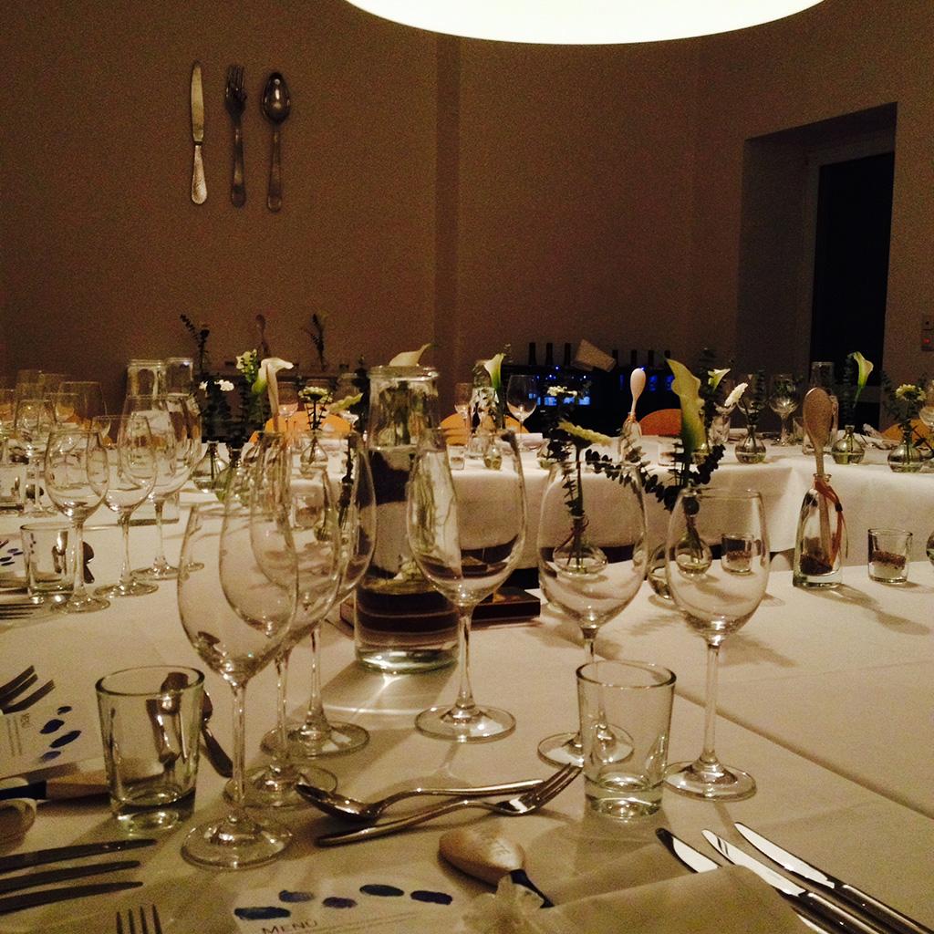 Kochraum feinschnabel gedeckter tisch for Tisch hochzeit